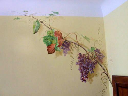 Malarstwo scienne - winogrona, tempera na ścianie 2.jpg