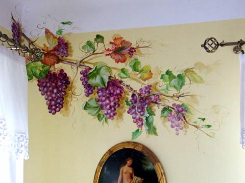 Malarstwo scienne - winogrona, tempera na ścianie.jpg